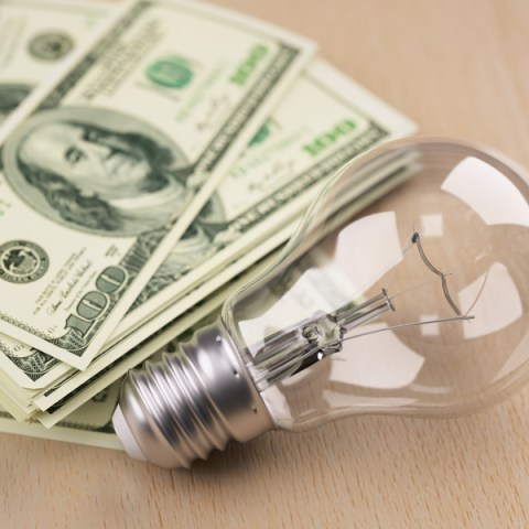 16 ways to lower your energy bill
