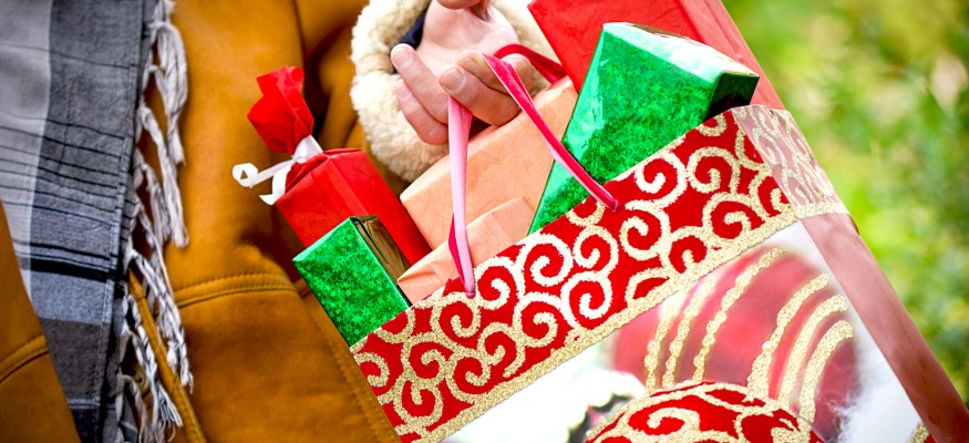 Where to find the best last-minute deals for holiday shopping