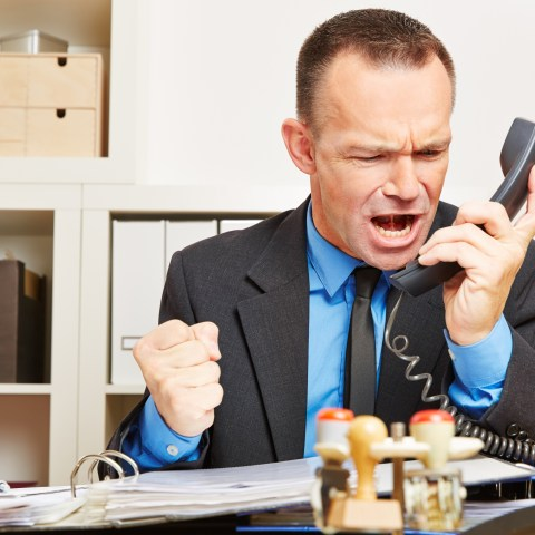 3 things to never do when you complain to customer service