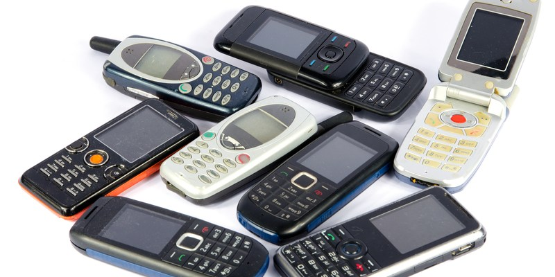 The best uses for your old cell phone
