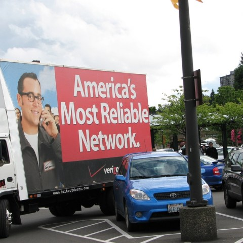 Analyst: Verizon's unlimited data play could harm network in the long run