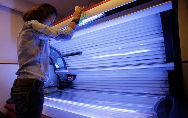 Tanning beds costing millions in U.S. medical bills, study finds