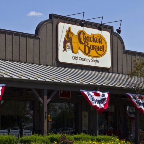 Cracker Barrel storefront
