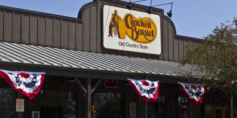 Cracker Barrel storefront