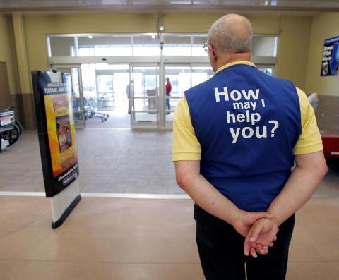 Walmart sweetens the deal for employees who want to serve in the military