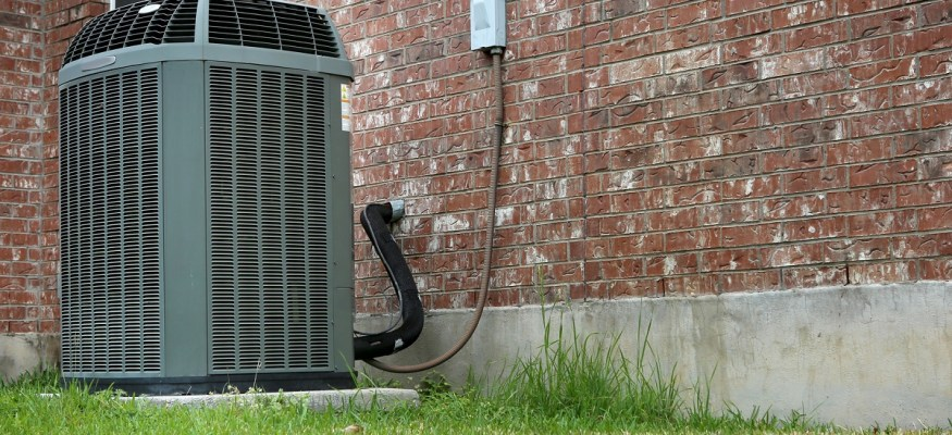 6 Ways to Improve AC Performance Without Calling an HVAC Company