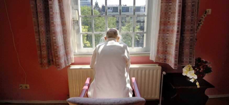 New proposal allows nursing homes to force residents to give up legal rights