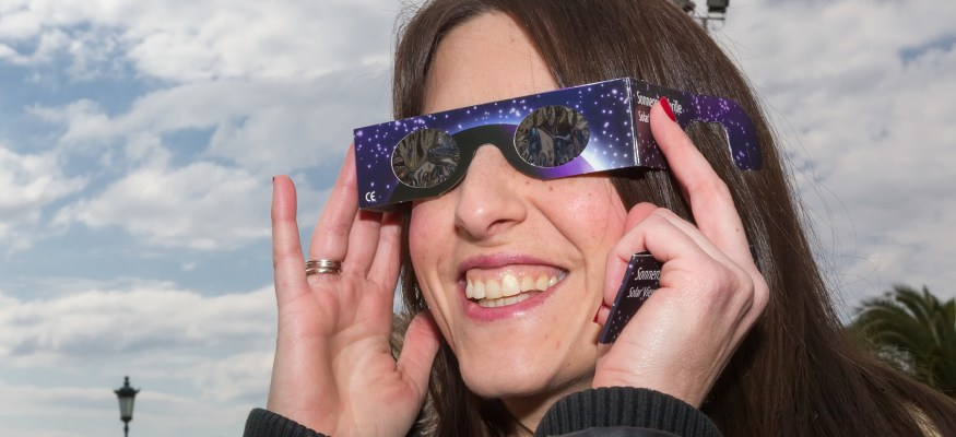 Amazon issues refunds for potentially fake solar eclipse glasses