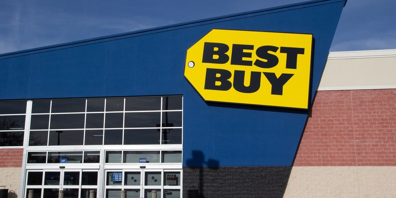 Best Buy apologizes after photo of $43 water cases during Hurricane Harvey goes viral