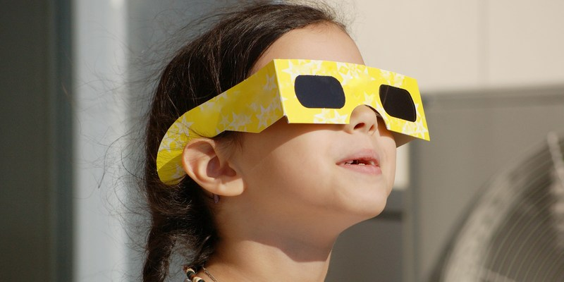 How to tell if your eclipse glasses are safe