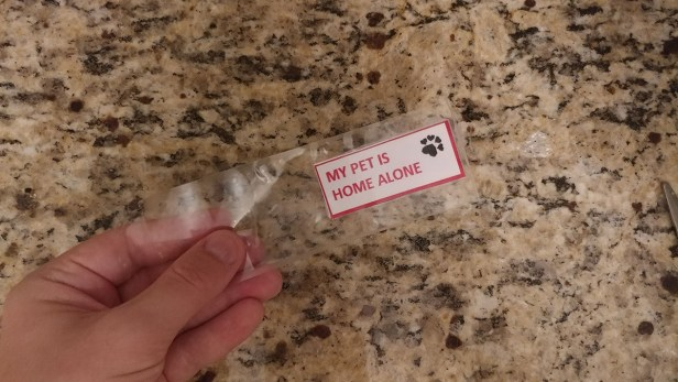 My pet is home alone key tag