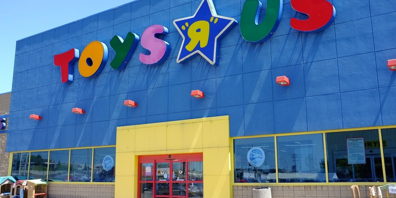 "Toys""R""Us files for bankruptcy: 3 things to know"
