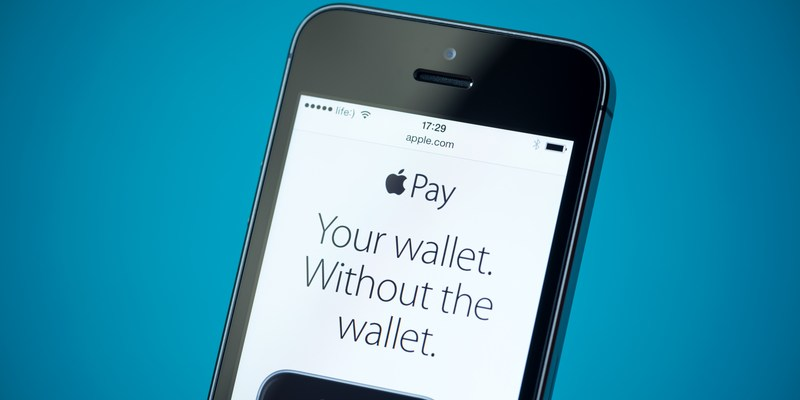 Why banks are getting nervous about Apple Pay and other mobile payment systems