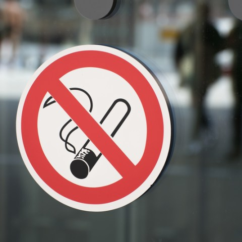 Company will give non-smoking employees 6 extra days off