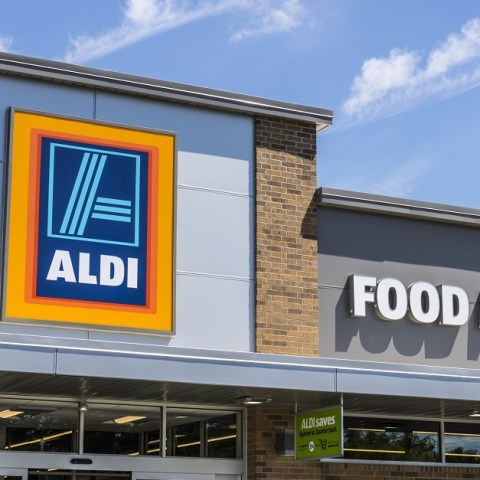 aldi storefront via Dreamstime