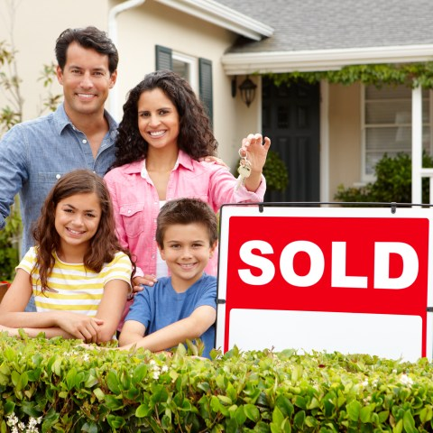 Selling your home yourself? Here's how an 'Agents Protected' sign can help you