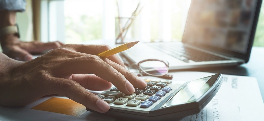 The simple way to budget without sharing your bank passwords