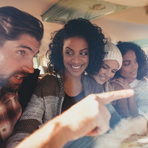 10 ways to save money on your Thanksgiving road trip