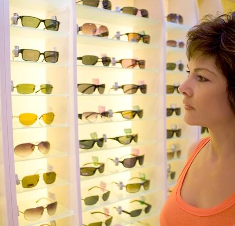 woman shopping for eyeglasses