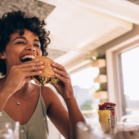Get paid to eat: How to make extra money as a restaurant mystery shopper