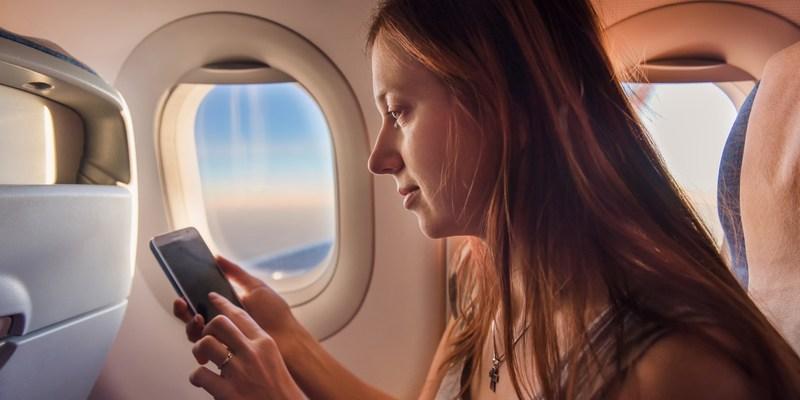 How to reach your favorite airline via social media