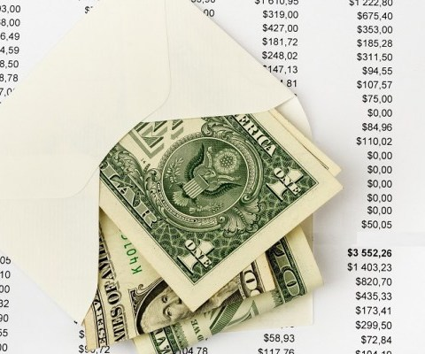 Budgeting with cash: How to make the envelope method work