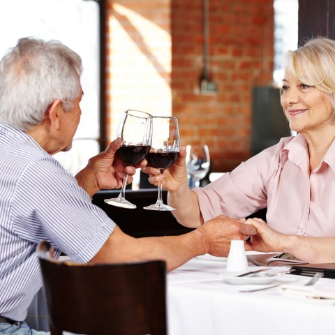 Senior restaurant discounts