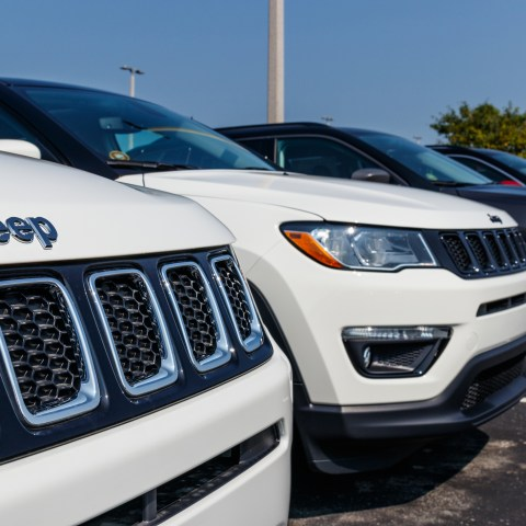 2018 Jeep Compass on car lot