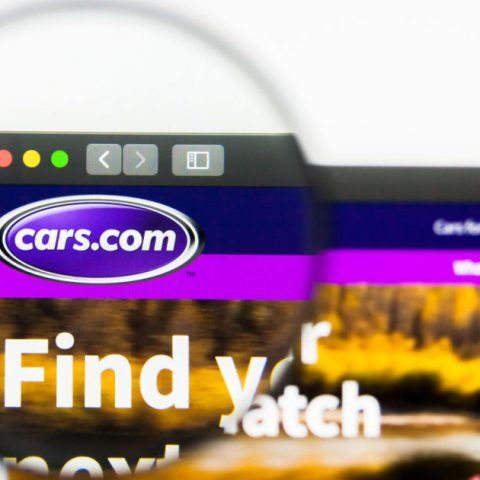 Cars.com website