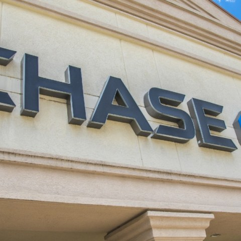 Chase announces changes to Sapphire Preferred and Sapphire Reserve credit cards.