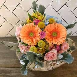 Luepke Flowers and Finds Vancouver Small Arrangement