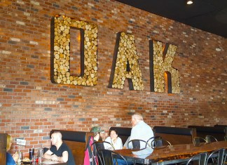 The Smokin' Oak Pit and Drinkery