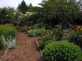 Clark County NatureScaping SW Washington Wildlife Botanical Gardens-Flying Flowers Garden