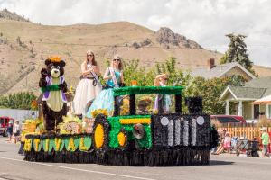 McCleary Bear Festival grand parade