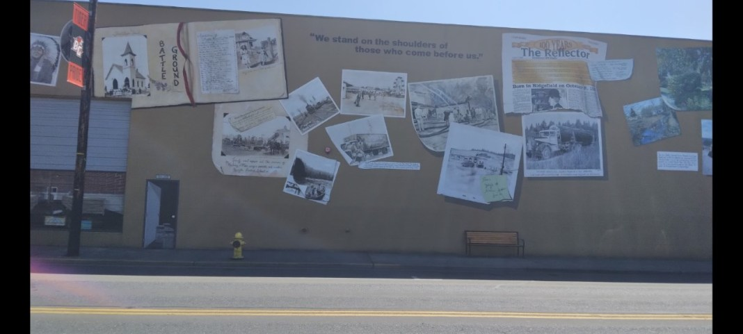 Battle-Ground-Snapshots-In-Time-Mural-Painted-By-Kara-Krieger-McGhee