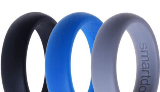 three silicone wedding rings