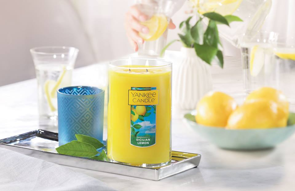 Yankee Candle: Buy two, get two free large candles with code