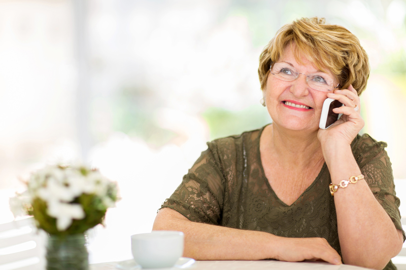 The best cell phone plans for seniors