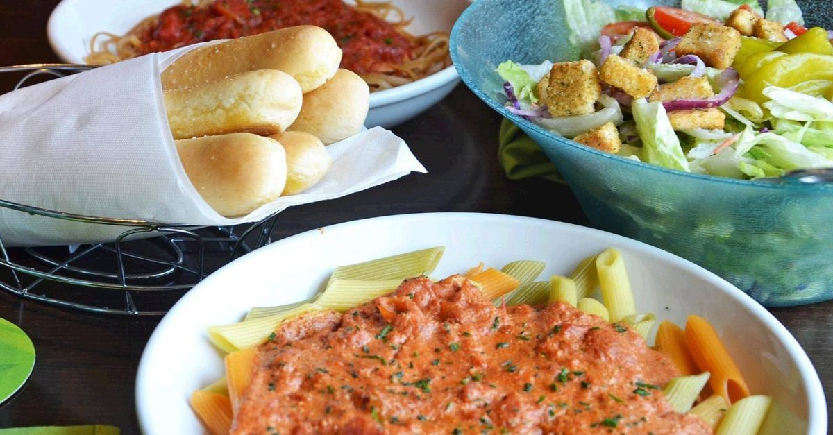 Olive Garden offers Pasta Pass + Lifetime Pasta Pass TODAY!