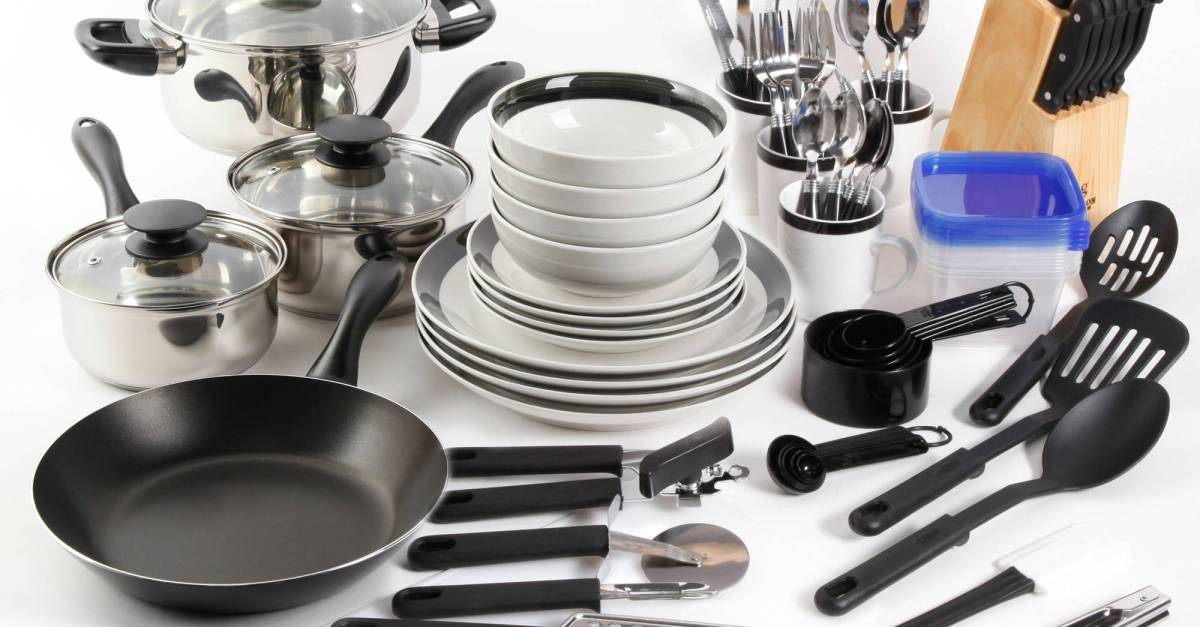 Gibson home essential total kitchen 83-piece combo set for $46