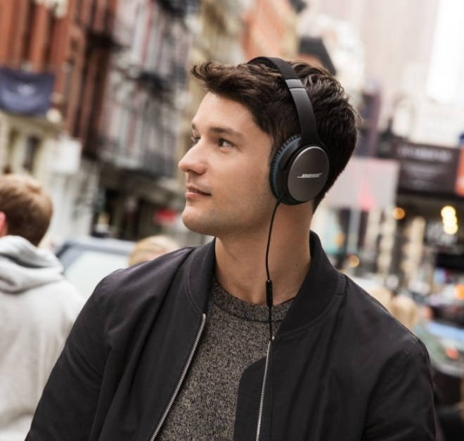 Prime members: Bose QuietComfort 25 acoustic noise-canceling headphones for $99