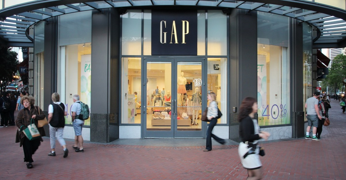 Gap: Save 40% sitewide plus 10% off & free shipping with coupon