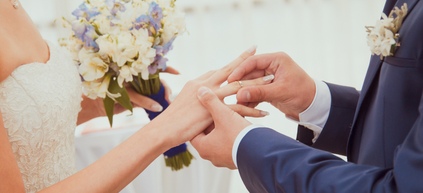 7 ways to plan an awesome wedding for under $10,000