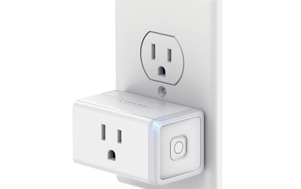 TP-LINK mini Wi-Fi smart plug for $10, free store pickup