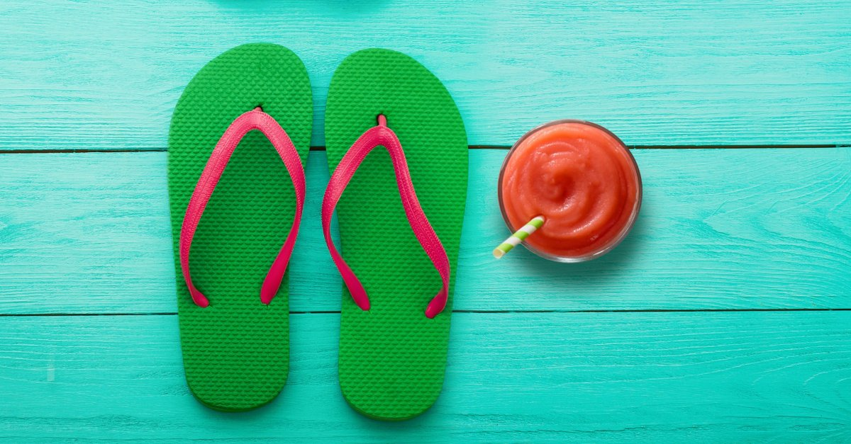 Tropical Smoothie Cafe: Get a FREE smoothie when you wear your flip flops today!