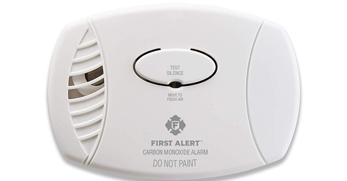 First Alert plug-in carbon monoxide detector with battery backup for $15