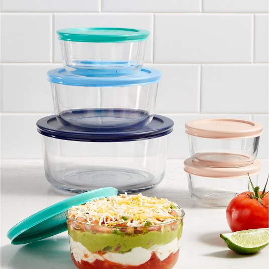 Today only: Pyrex 12-piece glass storage set for $16