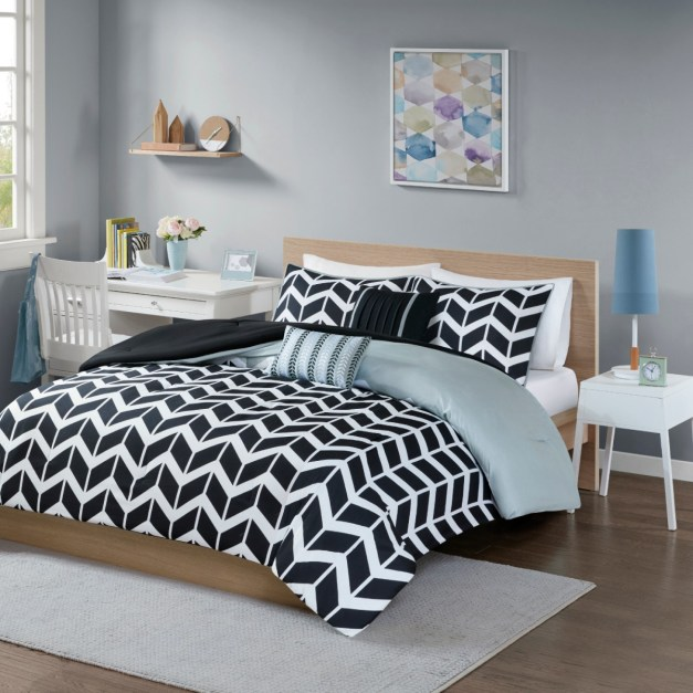 Ends Soon Bedding Sets From Just 14 At Target Clark Deals