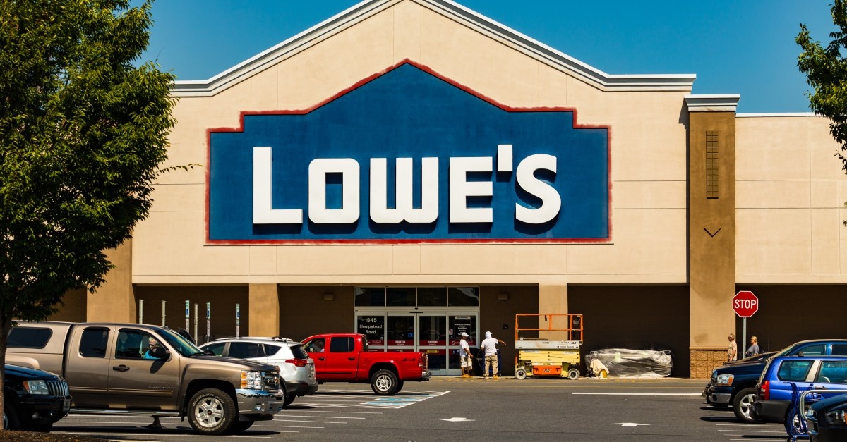 Lowe's leaked Black Friday ad: Here are the best deals!