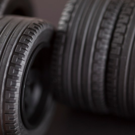Tire deals: 5 great discounts on tires right now!